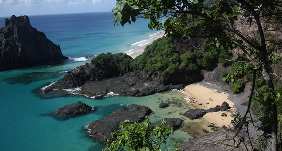 The Island Beaches of Fernando de Noronha, Brazil .